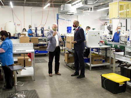 On Oct 30, 2020, the Honorable Ahmed Hussen (MP York South-Weston) toured dynaCERT's Toronto assembly plant and learned about HydraGEN™ Technology from DYA COO & Chief Engineer Robert Maier 21273 on oct 30 2020 the honorable ahmed hussen (mp york 3